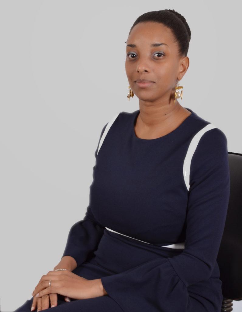 Linda Nanan Vallée, Conseillère Principale en charge de l'innovation, des nouveaux emplois en TIC et du soutien aux startups au Ministère de la Communication, de l'Economie Numérique et de la Poste de Côte d'Ivoire.
