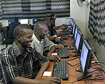 Secondary school teachers test an offline version of Wikipedia, © iicd